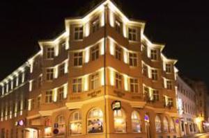 """Hotel Zlatý lev (""""Goldener Löwe"""")"""