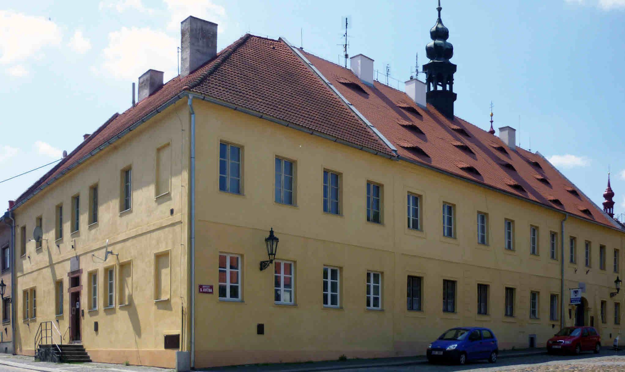 Staré gymnázium v Žatci, místo možného domicilu pro muzeum Jana
